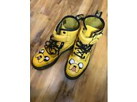 DR. MARTENS Cartoon Network ADVENTURE TIME Jake Boots Size 6