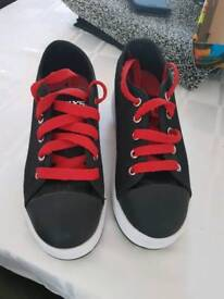 Heelys size 2 black and red