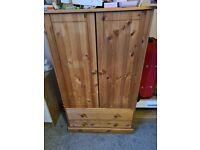 Children's wardrobe and chest of drawers