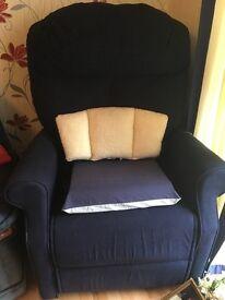 Riser recliner navy blue material good condition