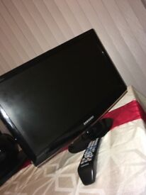 Samsung 20 inch TV Full HD 1080p LCD