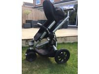 Quinny buzz xtra pushchair and carry cot black