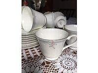 royal doulton tea cups and saucers 11 no