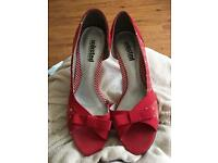 Red and white spotty heels with bow