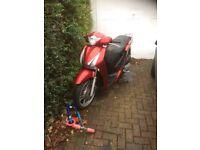 Honda 125i scooter breaking