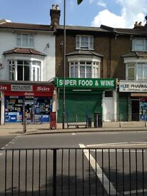 A1/A2 SHOP WITH PREMISES LICENSE TO SELL ALCOHOL FOR LET, IN LEE