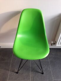 Vitra DSR Eames Dining Chairs x8