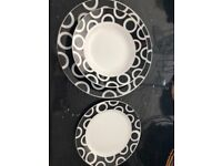 Dinner plates, deep plates and quarter plates dinner set (set of 4) - black and white