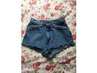 Levi shorts (vintage)