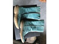 Doc Martens Women's teal peacock green calf length leather boots. Vintage.