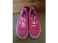 girls pink vans