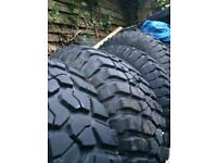 4 bf Goodrich KM2 mud terrain tyres approx 9mm-10mm tread size 285/75/16