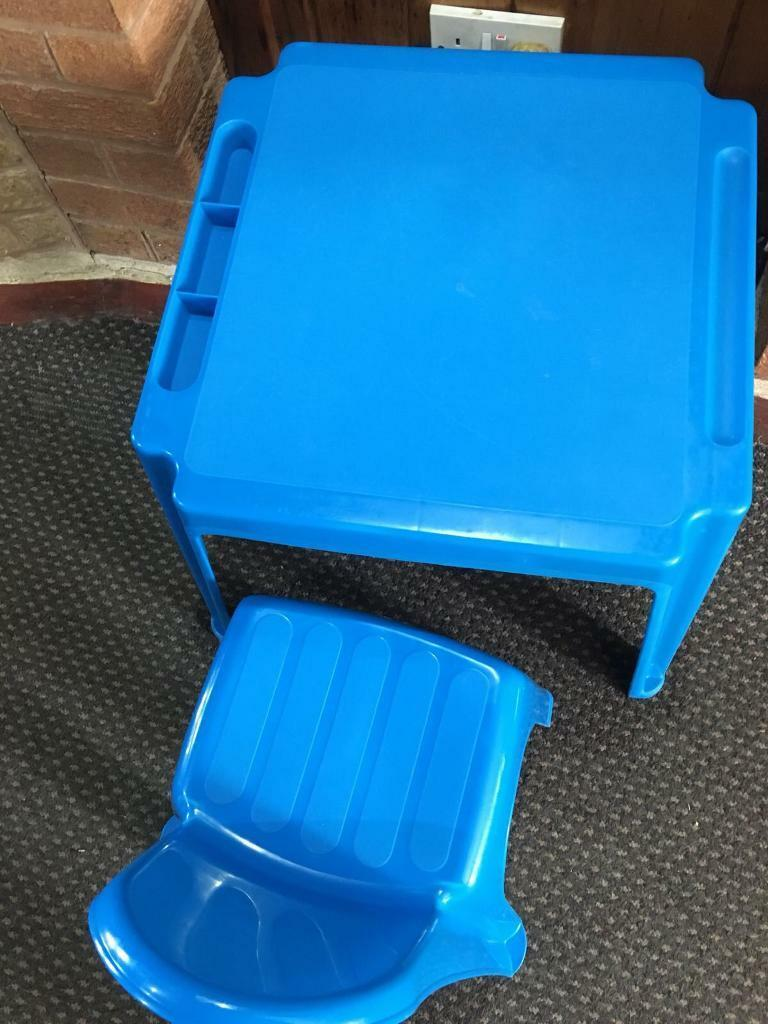Toys R Us Kids Table And Chair In Sandwell West Midlands Gumtree