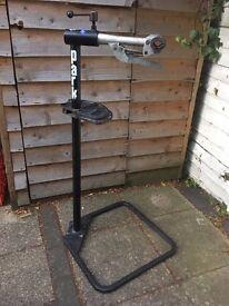 Park bike maintenance stand