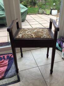 Bedroom/piano stool