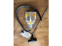 Zanussi ZAN 7860UKE bagless cyclonic vacuum cleaner
