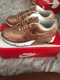 LIMITED EDITION NIKE AIR MAX ROSE GOLD