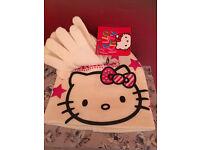 Hello Kitty hat and glove set