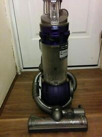 DC25 Dyson Hoover
