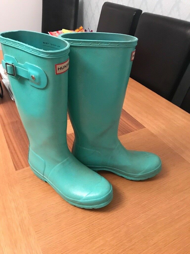 Girls Hunter Size 3 green wellies