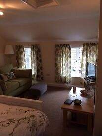 TO LET LOVELY STUDIO APARTMENT - £360 PCM