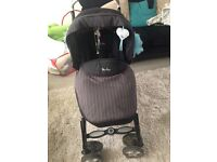 Black silver cross pram (great condition)