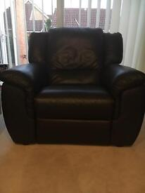 Dark brown single seater (wide) leather electric recliner sofa