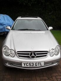 Mercedes CLK240 Avantgarde Auto full leather as new inside