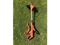 BLACK+DECKER ST5530-GB Corded Grass Strimmer, 550 W, Superb Condition