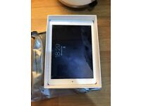 iPad Air for sale - 32gb 4g WiFi excellent condition and with box
