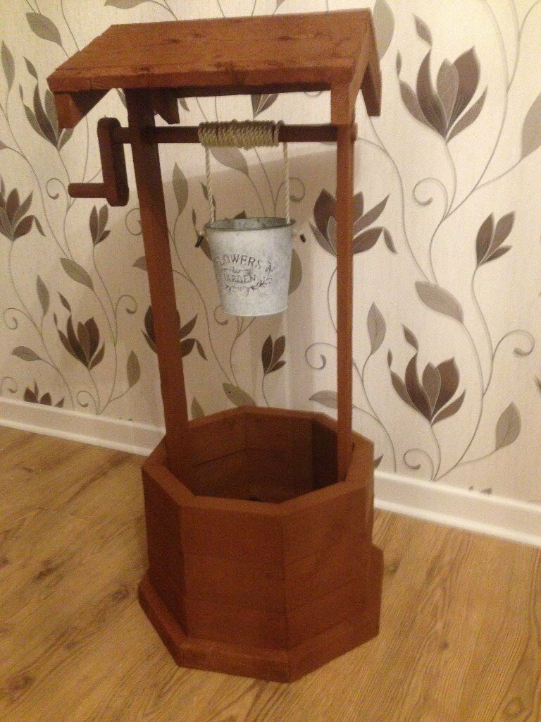 Rustic Wishing Well Planter With Working Handle Medium Oak Finish