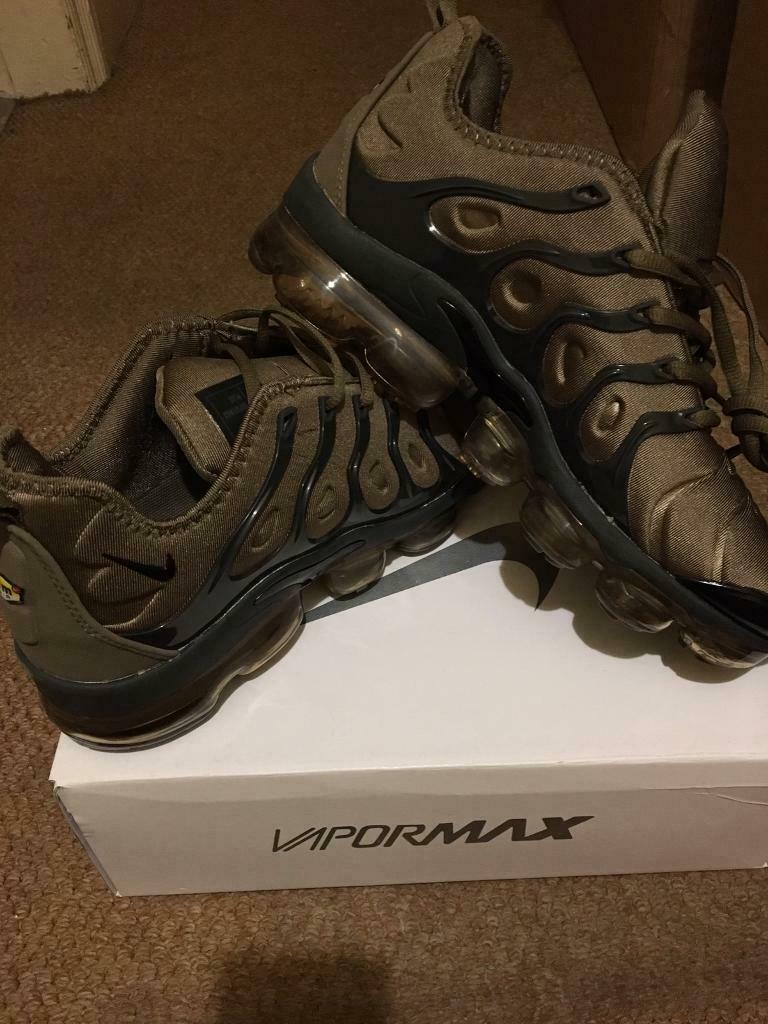 4e9606ca0a SIZE 7 8 9 10 11 BRAND NEW NIKE VAPORMAX GOLD & BLACK BOXED TRAINERS (NOT) tn  90 110 95 97 AIR