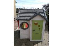 Substantial KIDS PLAYHOUSE excellent condition