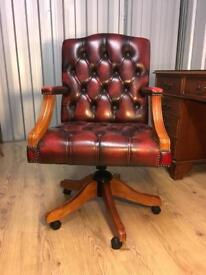 Leather captains chair Wow ! Delivery poss