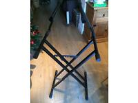 Two tier keyboard/synth stand
