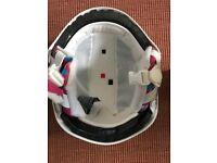 Junior ski helmet in very good condition