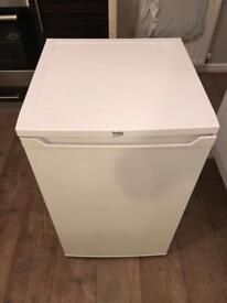 Beko under counter small fridge 1 month old excellent condition
