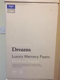 Single luxury memory foam mattress topper