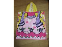 BEAUTIFUL PRINCESS HOODED TOWEL for swimming or bathtime - IMMACULATE