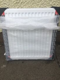 600 x 600 panel radiator white new