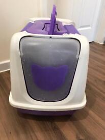 Cat litter tray/house