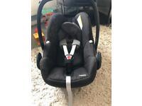 Maxi-cosi Pebble infant car seat.