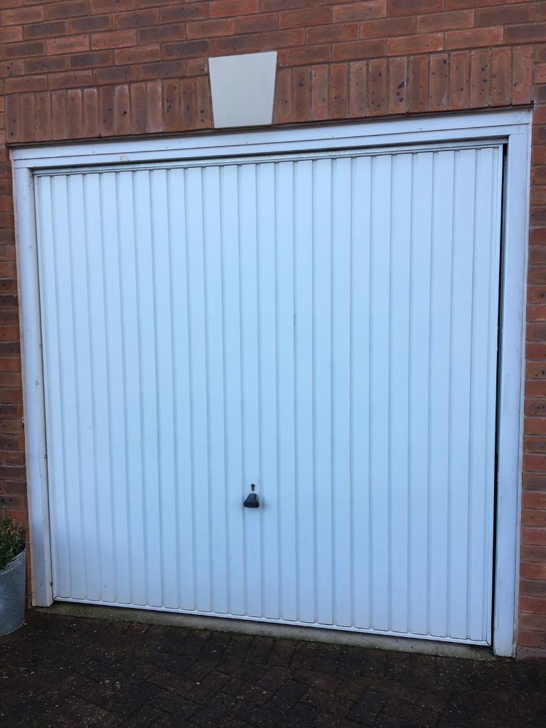 Garage door white very good condition in coventry west garage door white very good condition rubansaba