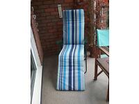 Sun lounger with NEW Mattress