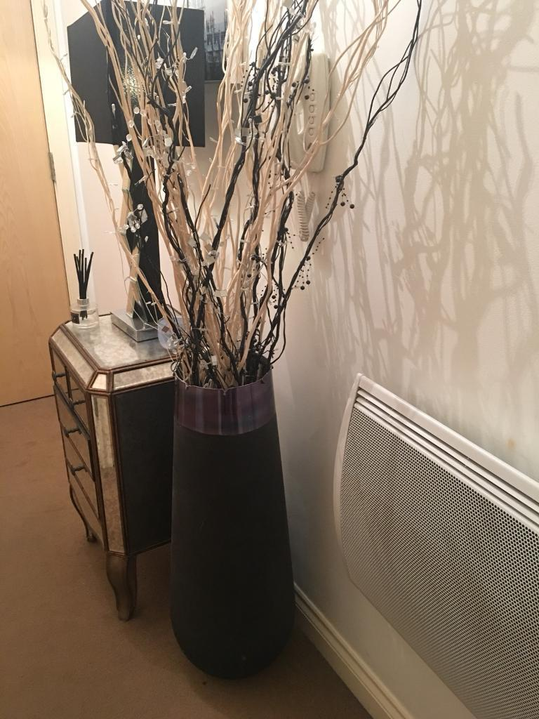 Large vase with twigs and lights in sunbury on thames surrey large vase with twigs and lights reviewsmspy