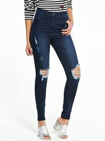 High Waist Rip Skinny Jean