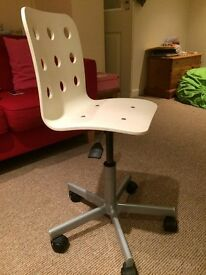 Ikea Jules white child/junior desk office chair VGC