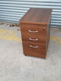 3 DRAW OFFICE CABINET WITH LOCK AND KEY