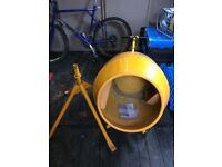 Belle mini mix 130 cement mixer. Used twice