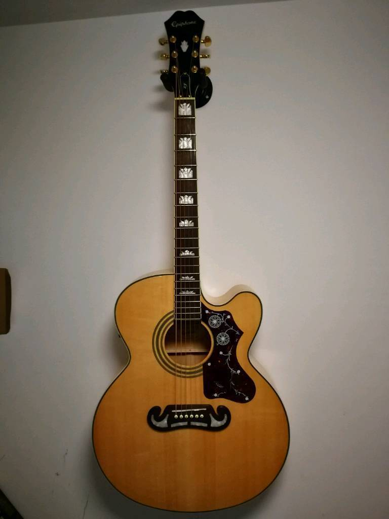 Epiphone EJ-200SCE electro acoustic guitar